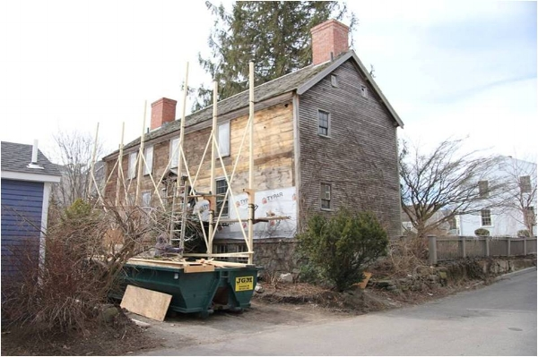 Adams' Gate Street House. Photo courtesy of The Craftsmen's Journal.