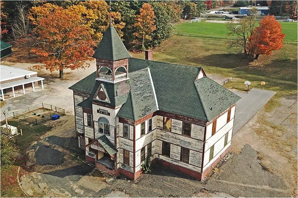 Gale School, Belmont. Bill Hemmel photo.