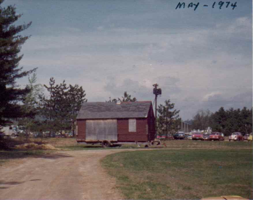 Whitten House Photos circa 1974 3 - Copy.jpg