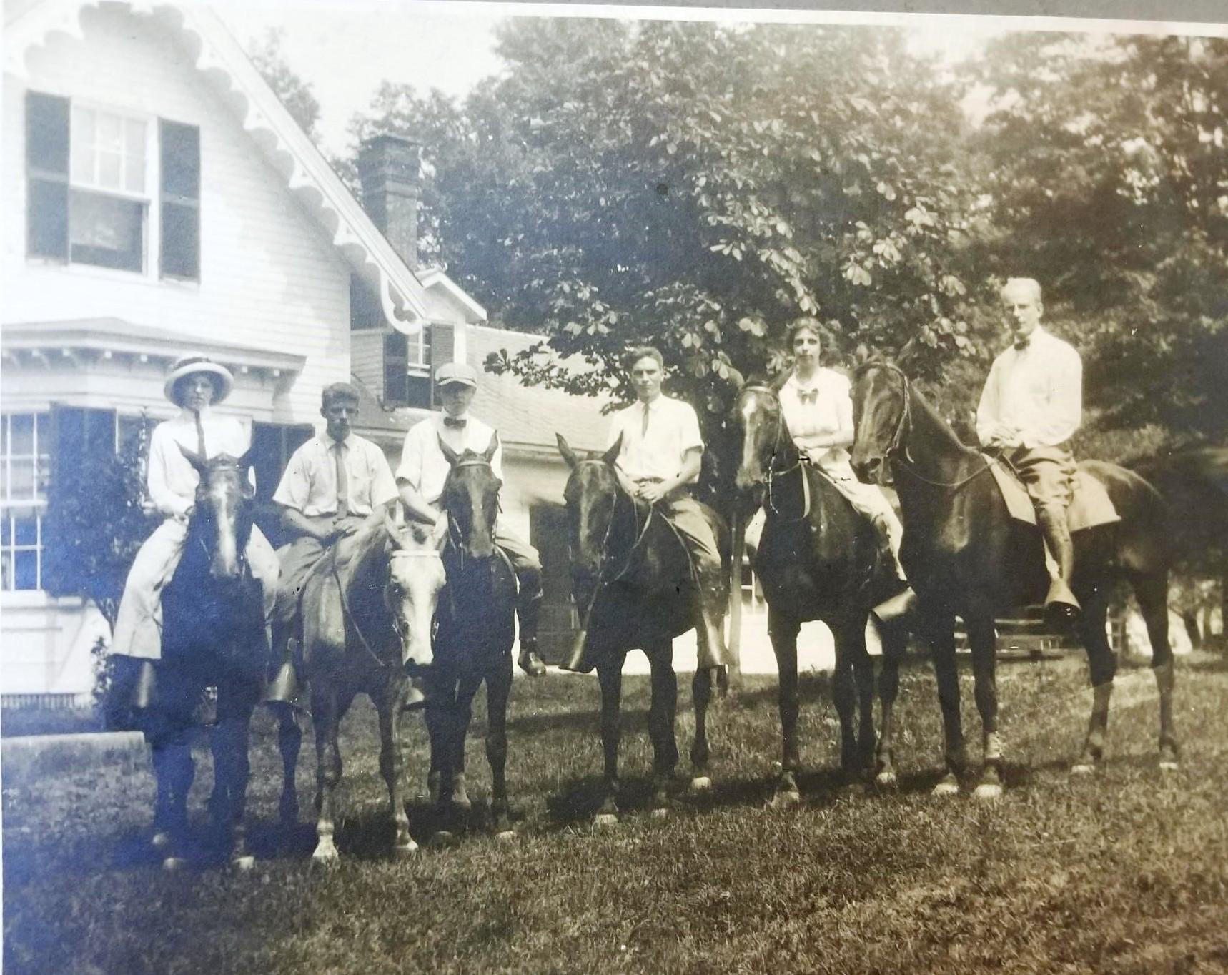 Marsh House Horses 1910.jpg