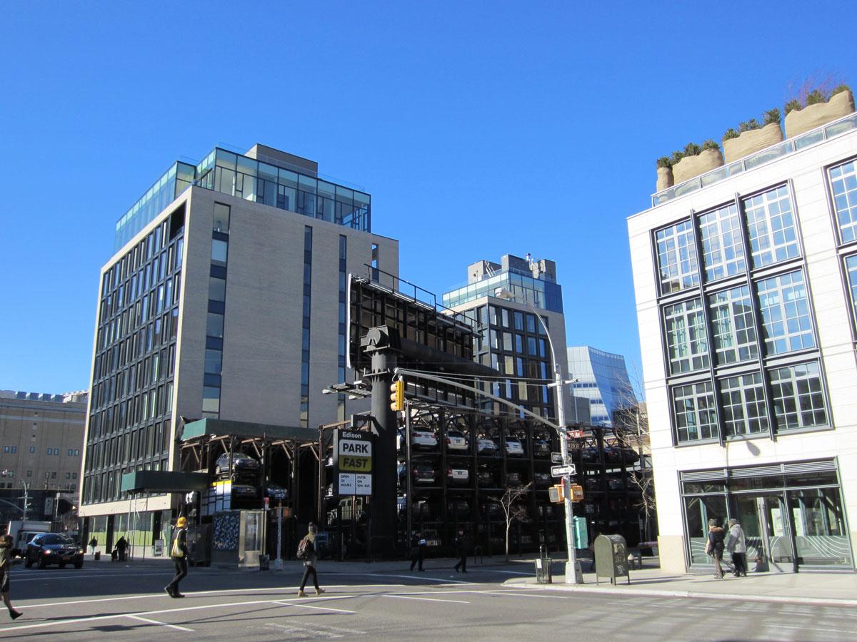 NYC-Micro-Dwellings-Exterior-Render-02-Site-Photo.jpg