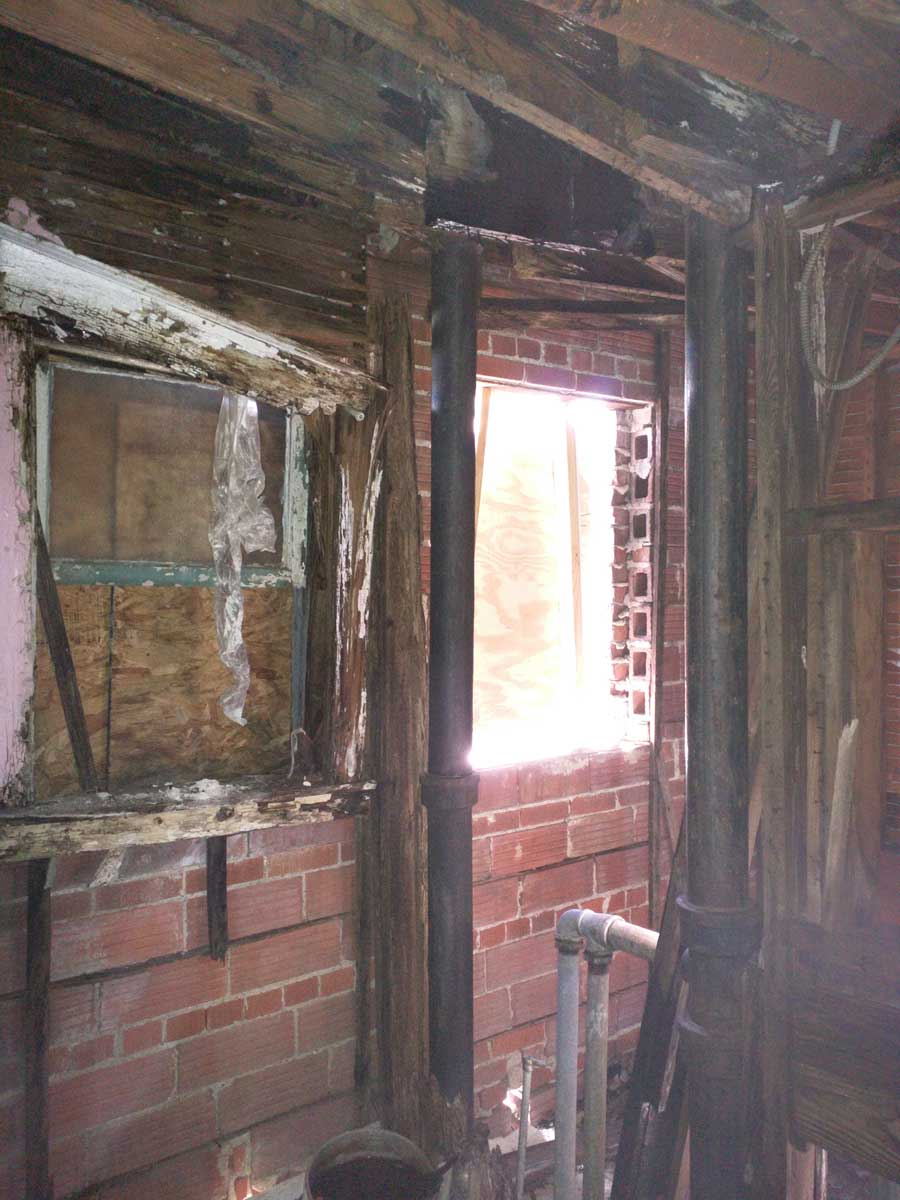 5x30 Roof Joist Failure in Bathroom