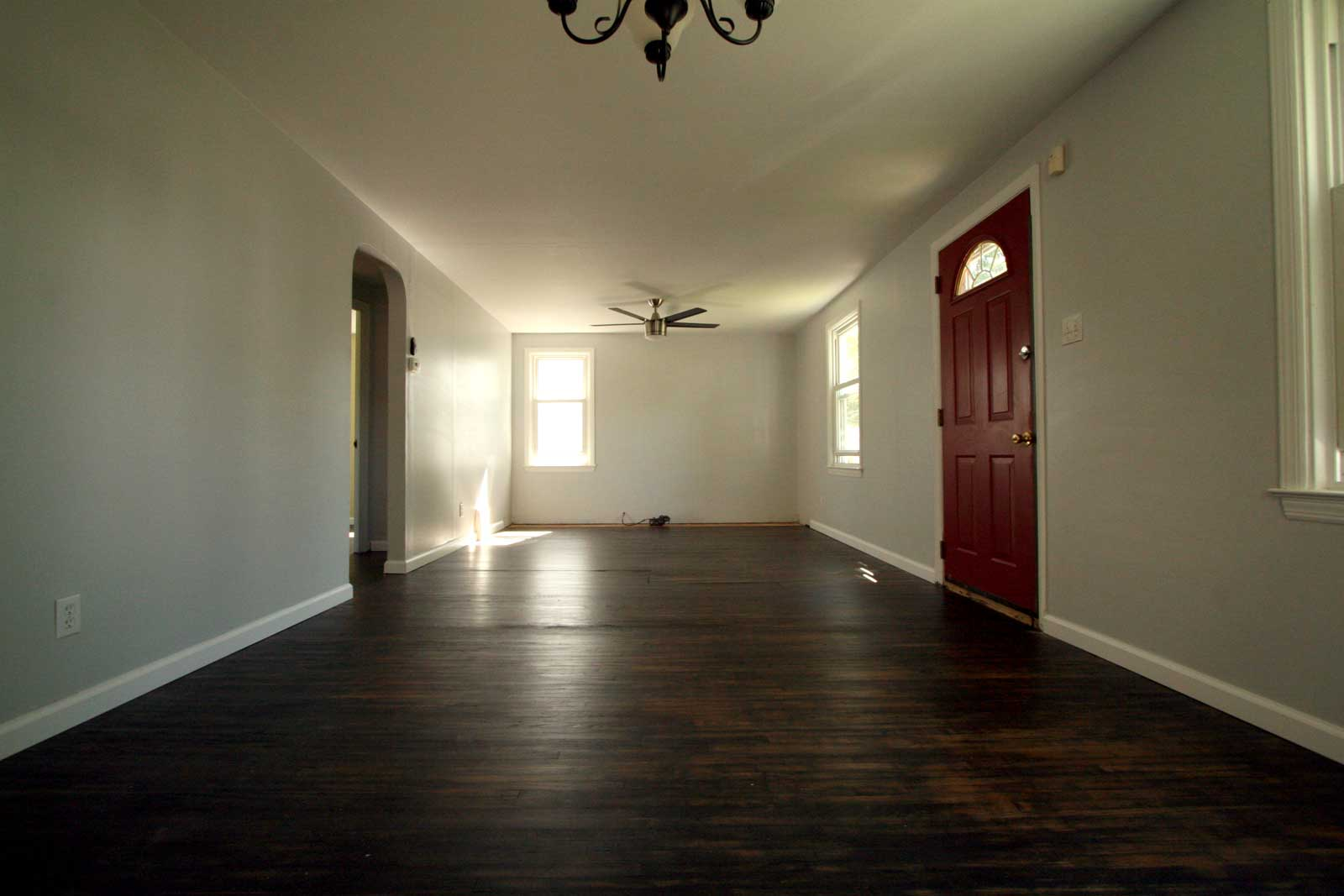 Sealing the floors with polyurethane
