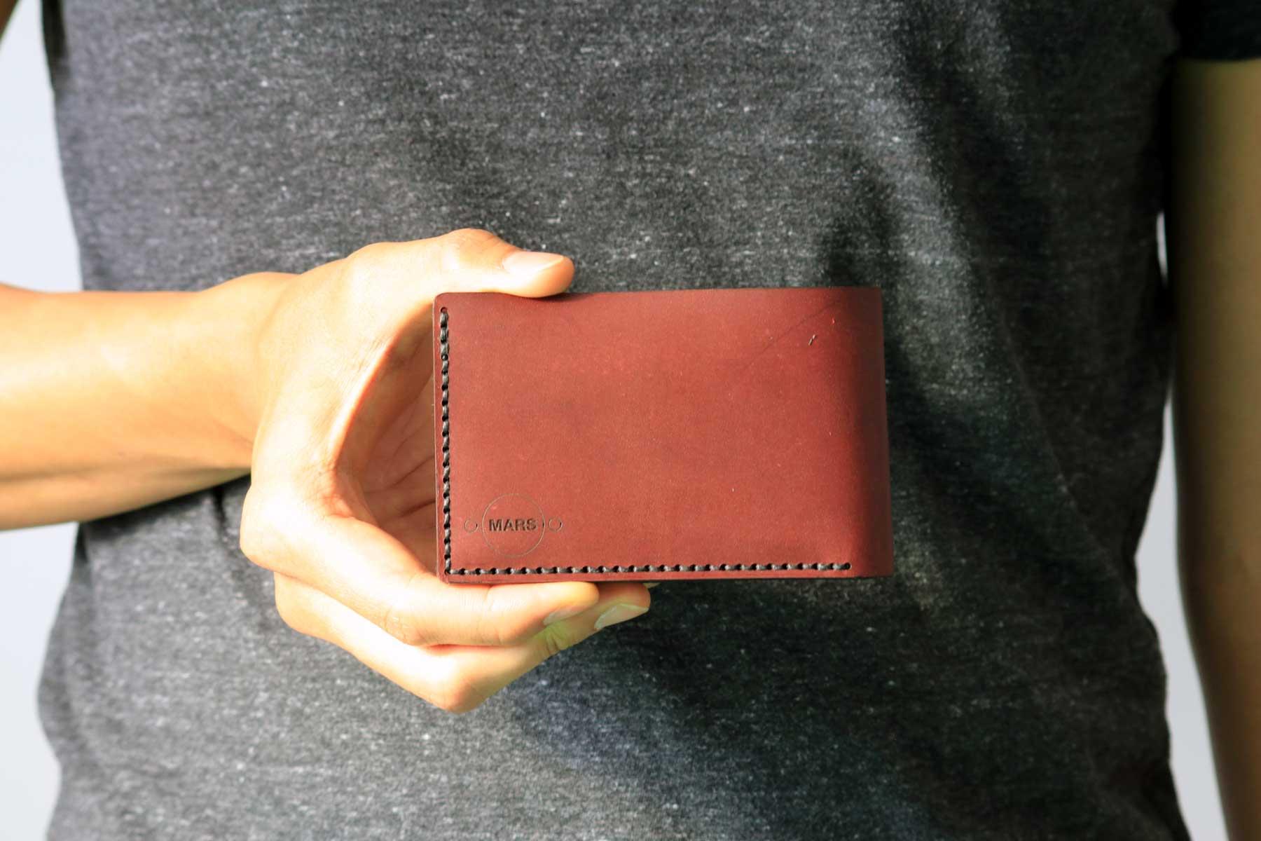 09_Bifold-Wallet-02.jpg