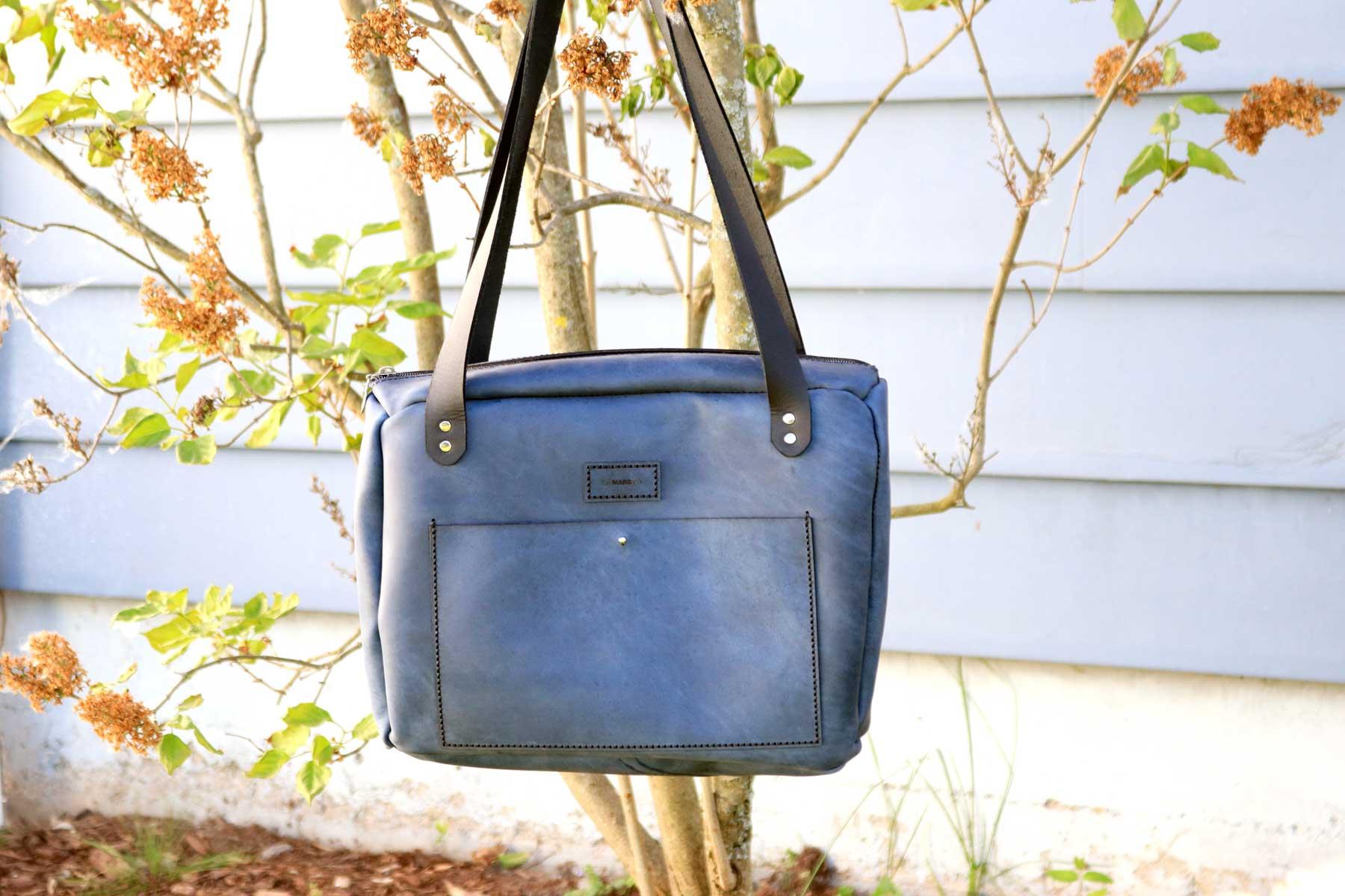 10_Mars-Everyday-Bag-With-Zipper-03.jpg