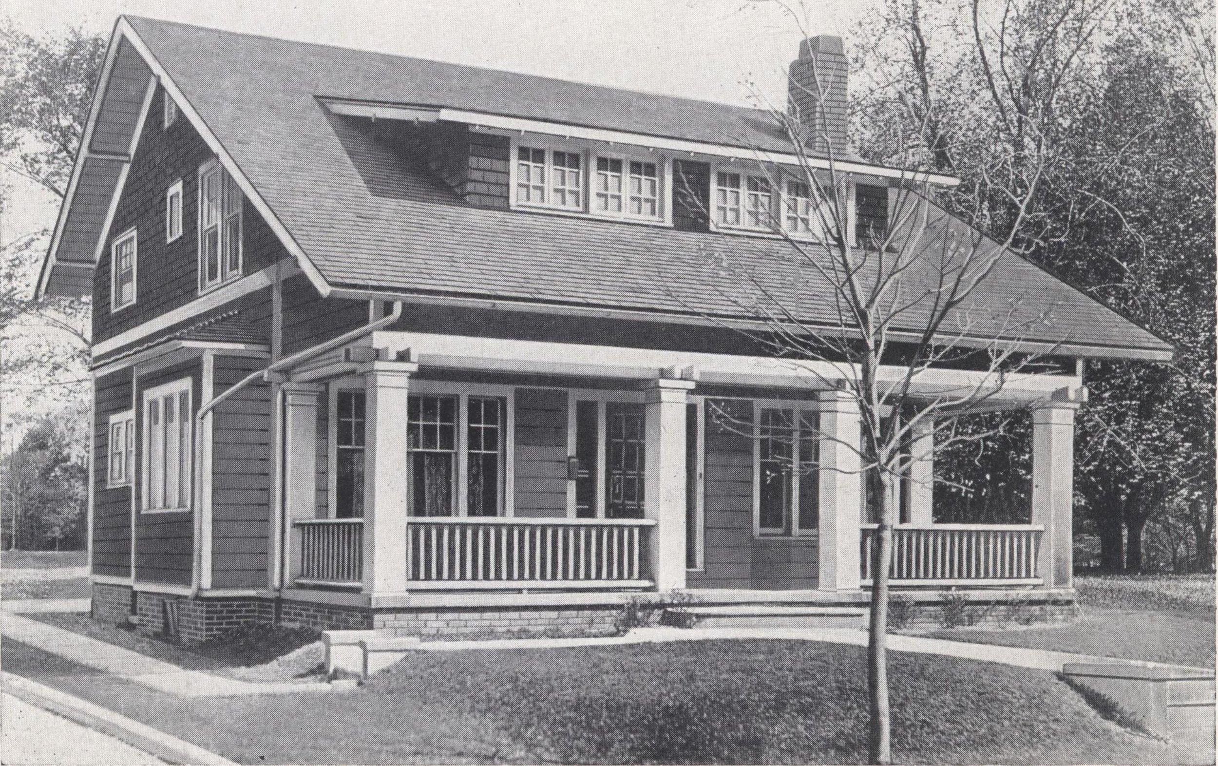 Bennett_better-built,_ready-cut_homes,_catalog_no._21_(1922)_(14587572088).jpg