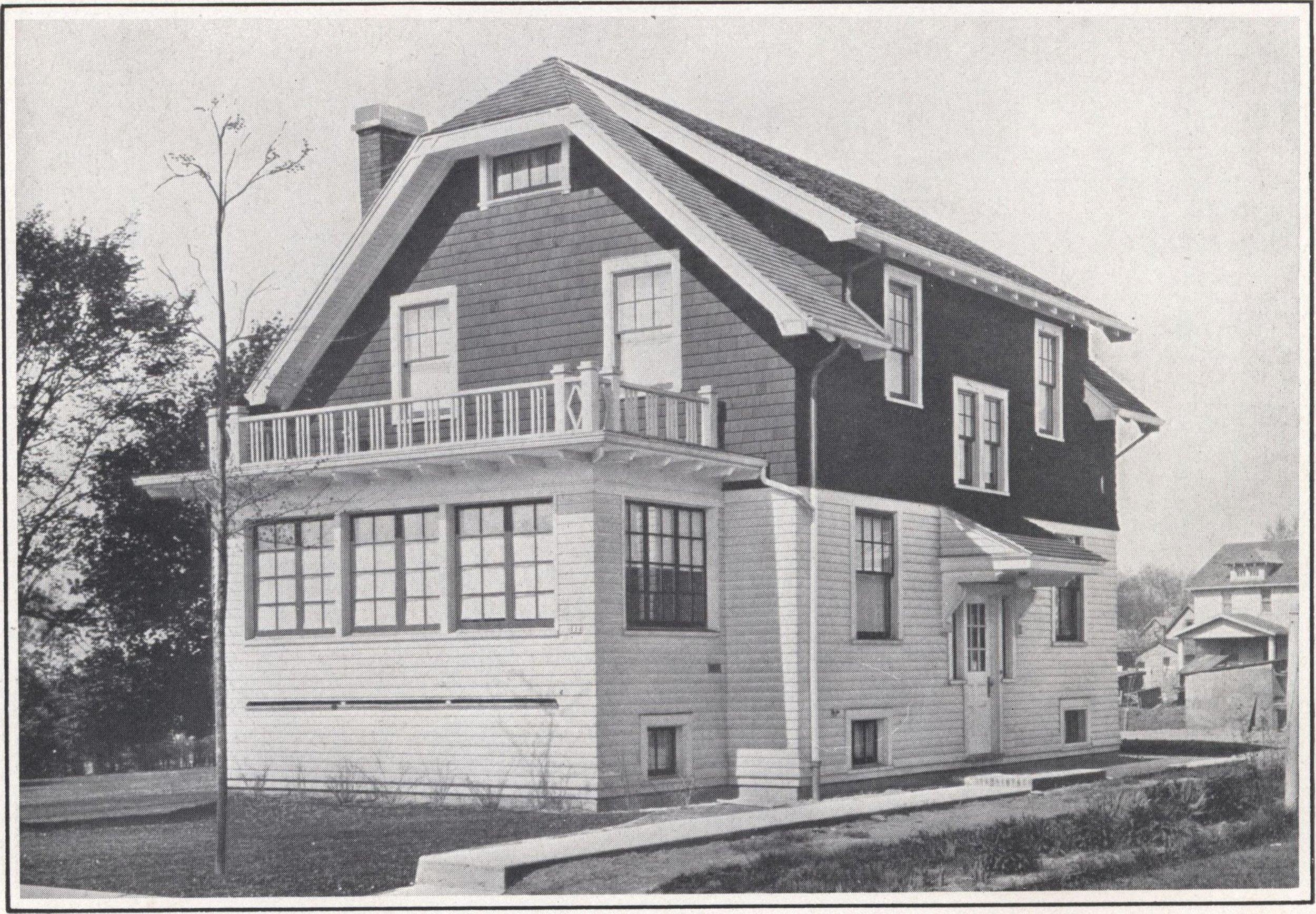 Bennett_better-built,_ready-cut_homes,_catalog_no._21_(1922)_(14751241986).jpg