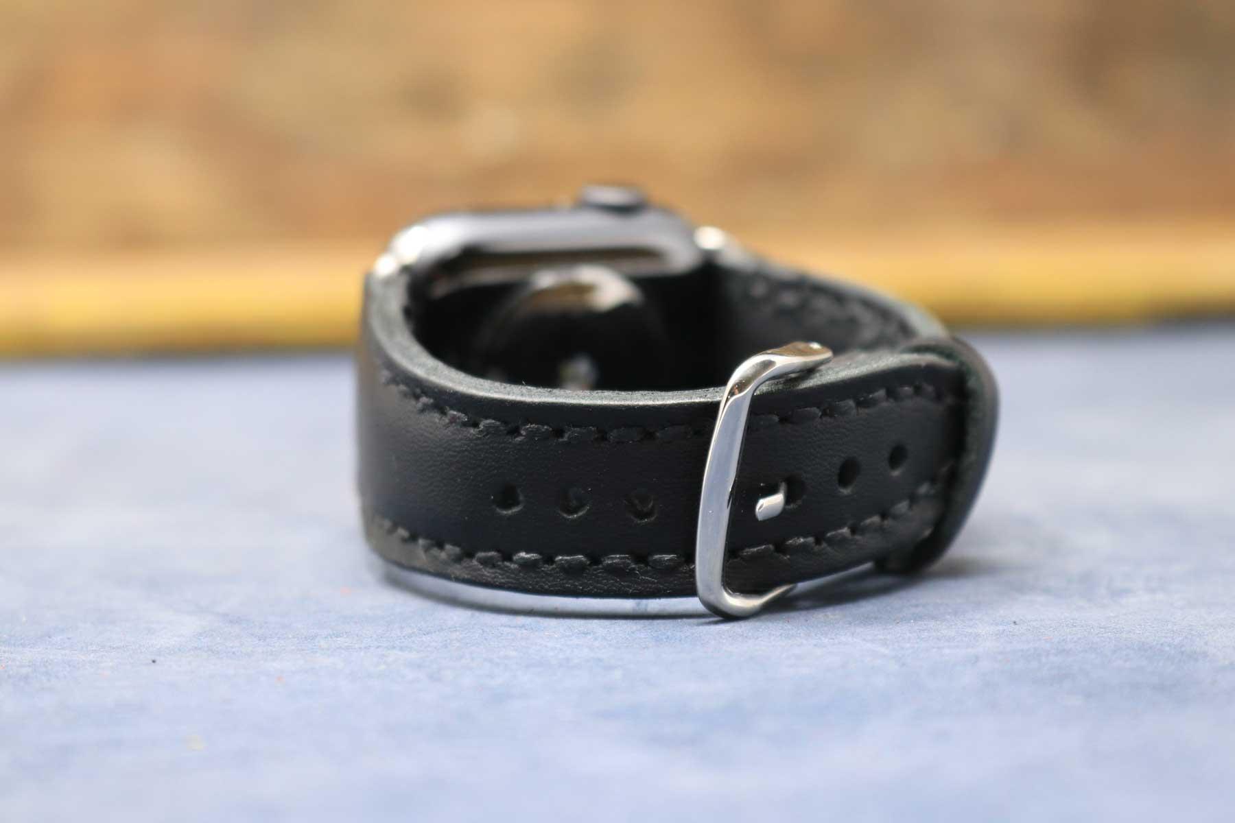 01-Watch-Strap-Black-Modern-02.jpg