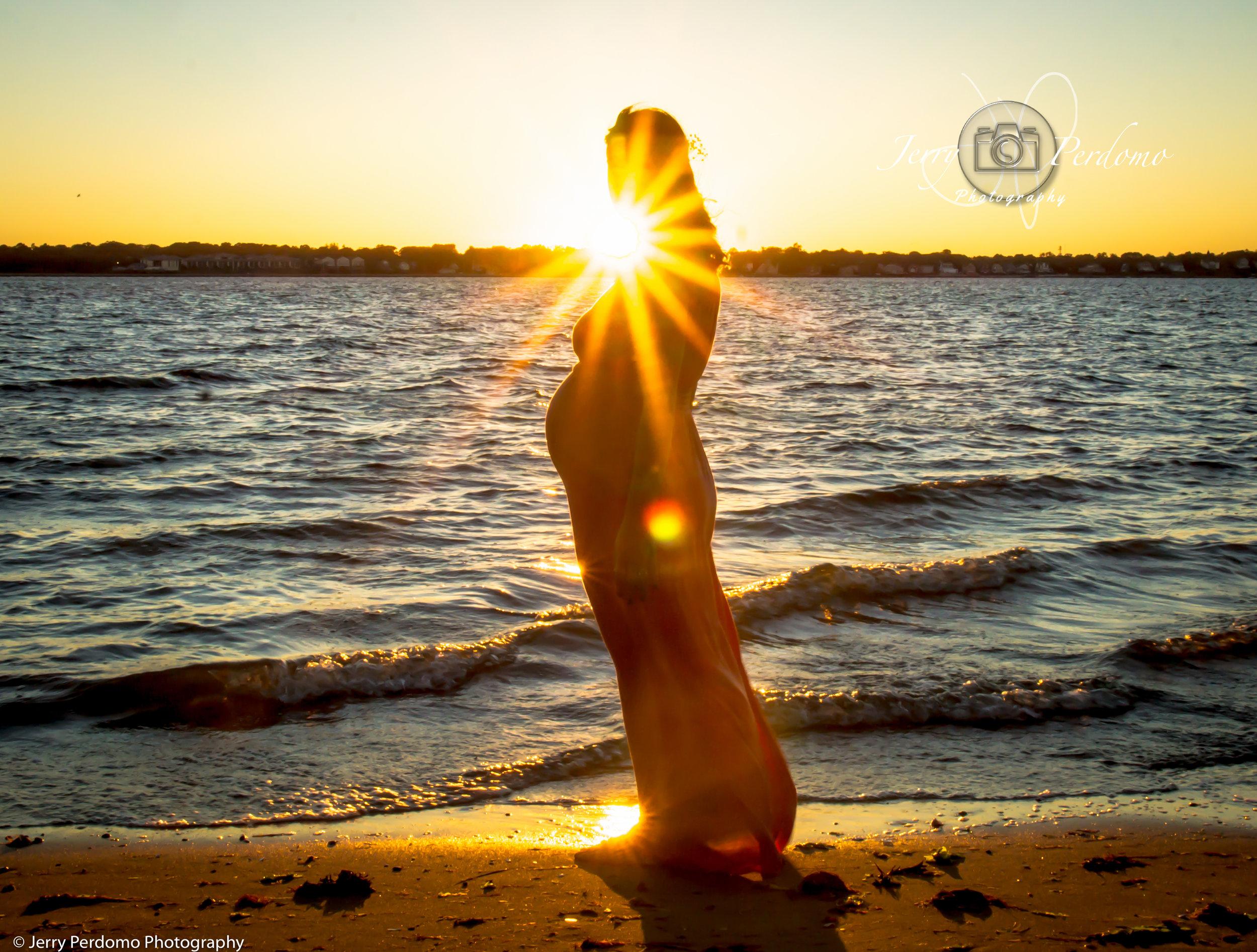 Kristal_sunset maternity.jpg