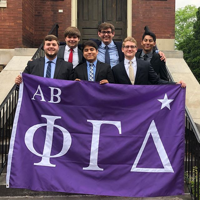 Capped off our first Islander Week this morning with the initiation of the Gamma class! Welcome to Alpha Beta gentlemen! #UABPhiGam #MightyProud