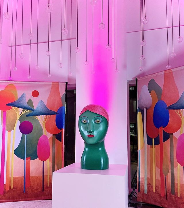 Ain't no party like a #NicolasParty 🥳 At last night's annual @rxart party and silent auction, with this year's honoree @nicolasparty▫️all proceeds from the auction go towards #RxArt's mission of helping children heal through the power of visual art by commissioning artworks at hospitals around the U.S.