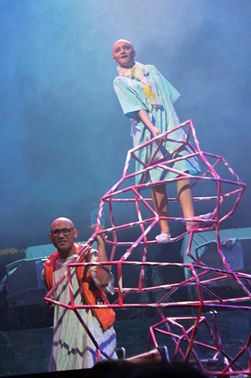 https://www.spot.ph/arts-culture/performing-arts-2/56797/theater-review-dani-girl