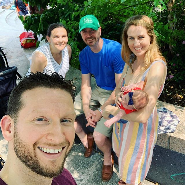 We got to go to baby's first Irish Festival with baby Sydney Rose today! Jim's sister @chrismcg73 made him an  uncle (with the help of @bradleypalmer16 ) one month ago yesterday (and I got to add to my gaggle of nicephews) Swipe for some photos of Sydney + auntie/uncle when she was fresh outta the womb #auntstuff