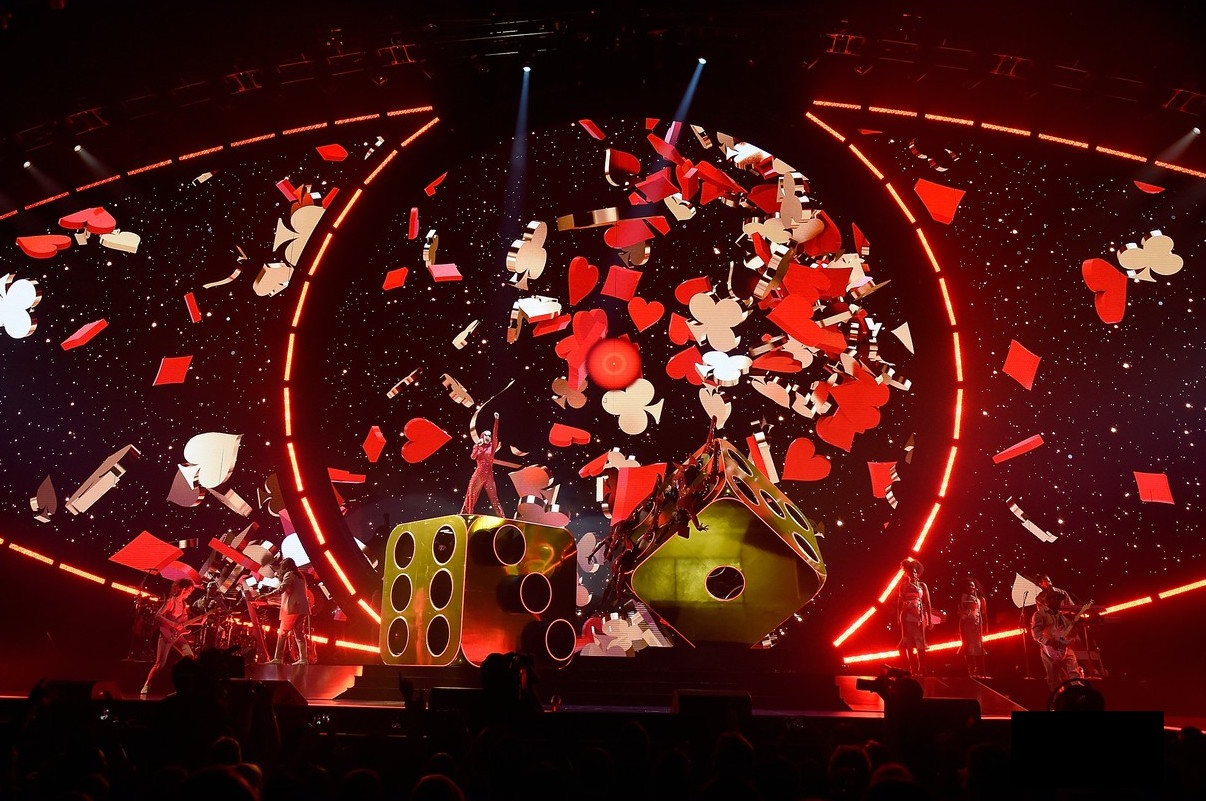 katy-perry-launches-witness-tour-19-1.jpg