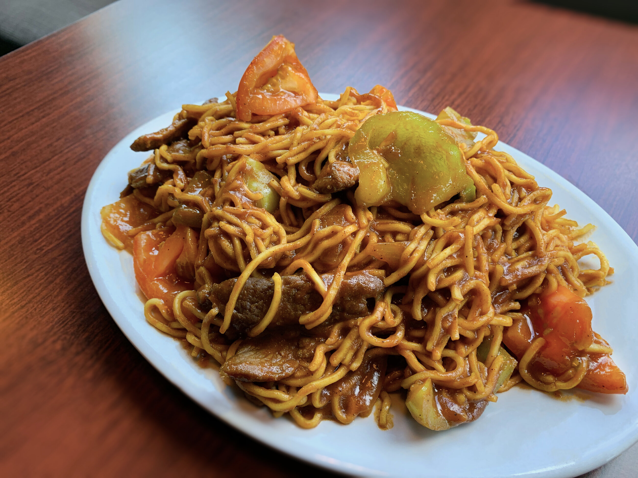 Tomato Beef Chow Mein Curry