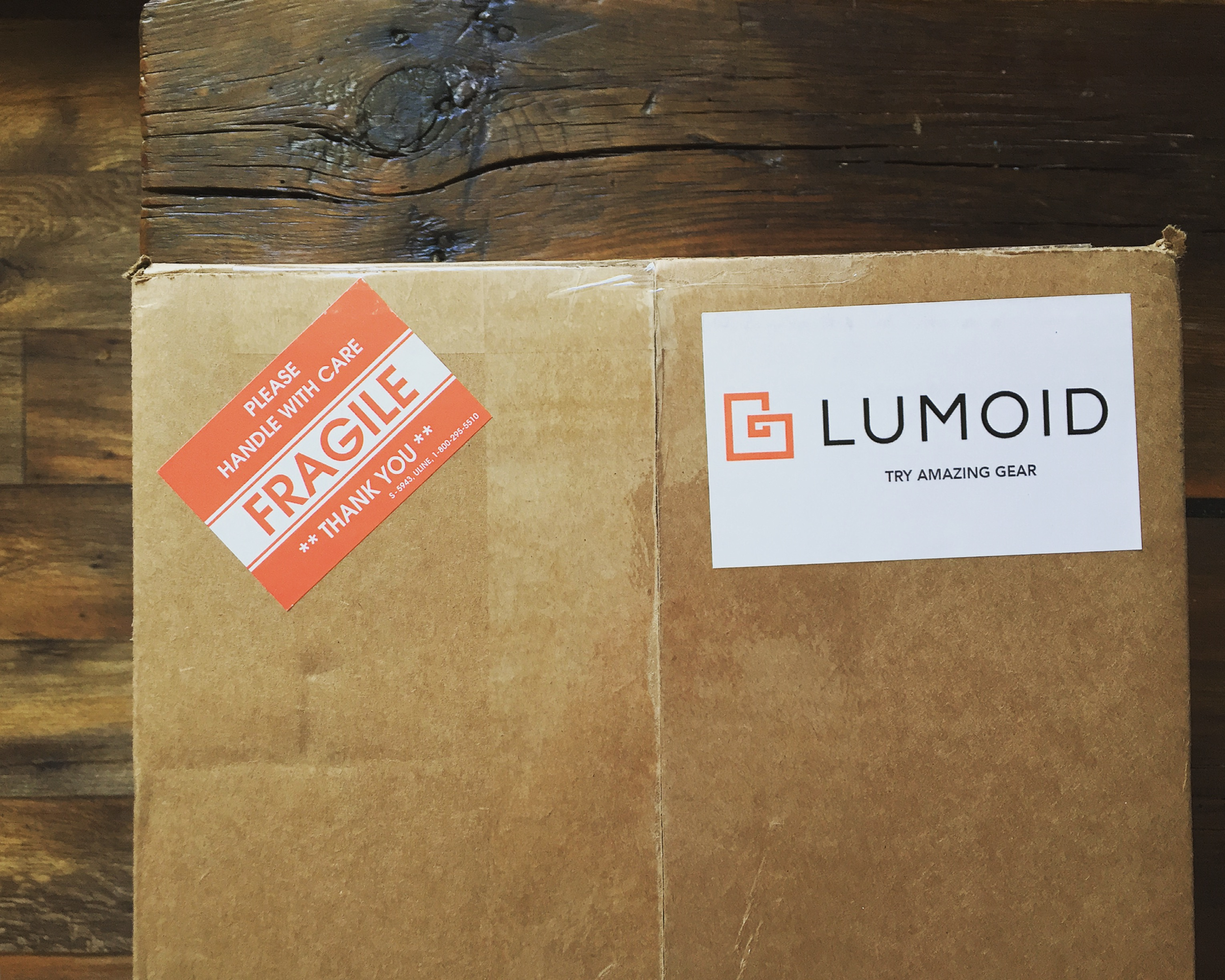 Lumoid.com Delivery Box