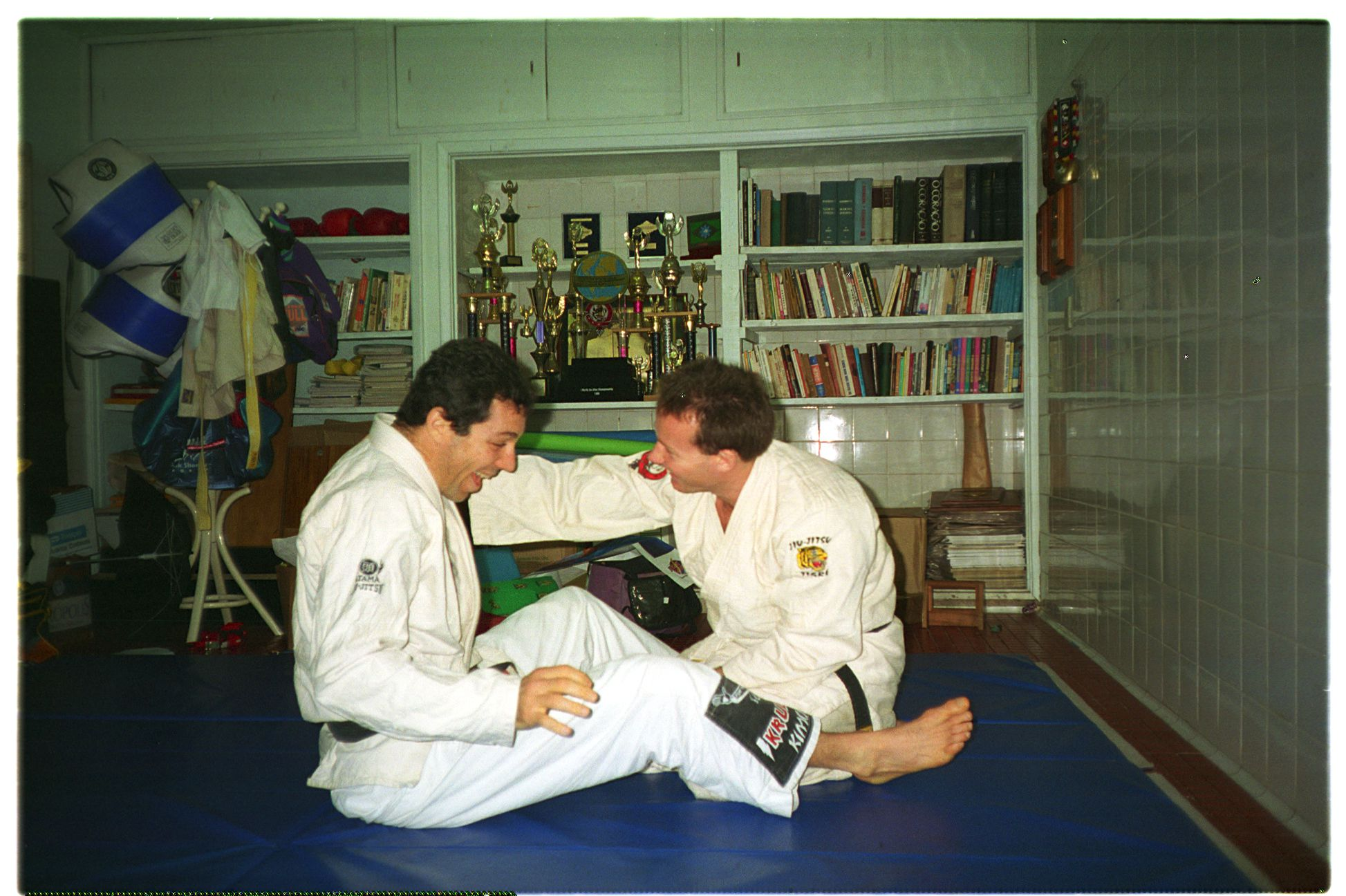 Weekend training in Carlinhos' (Carlos Gracie Jnr.) garage in Brasil 1991