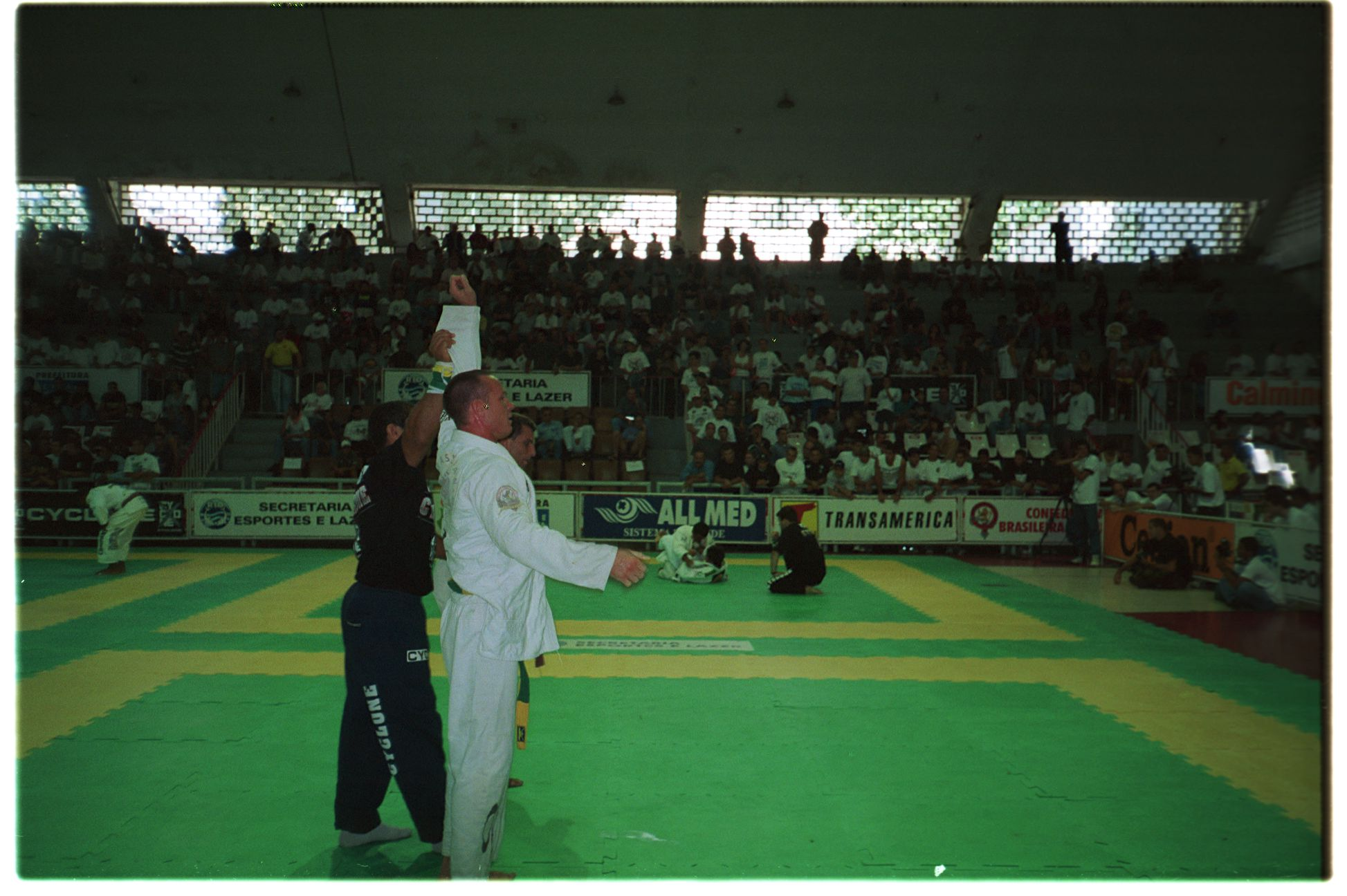 Pete winning world championships 1997 .JPG