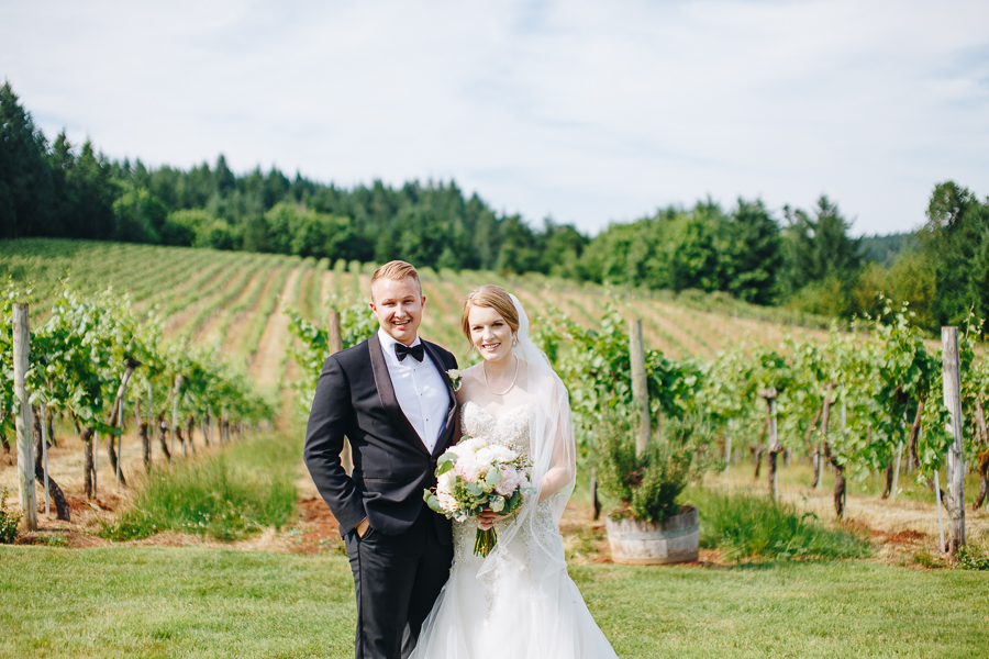 beckenridge-vineyard-wedding-salem-oregon-venue-32.jpg
