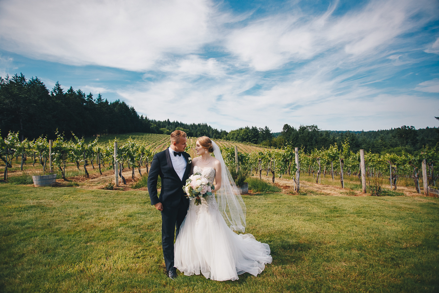 beckenridge-vineyard-wedding-salem-oregon-venue-33.jpg