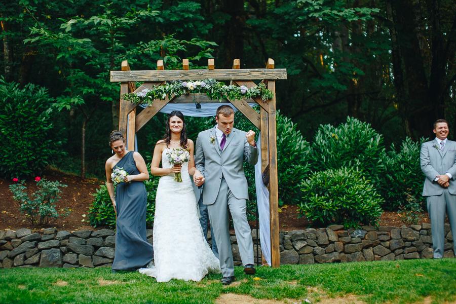 hornings-hideout-wedding-oregon-31.jpg