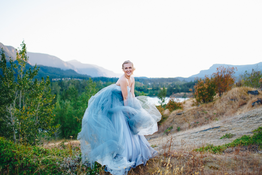 columbia-river-stylized-bridal-shoot-blog-8.jpg