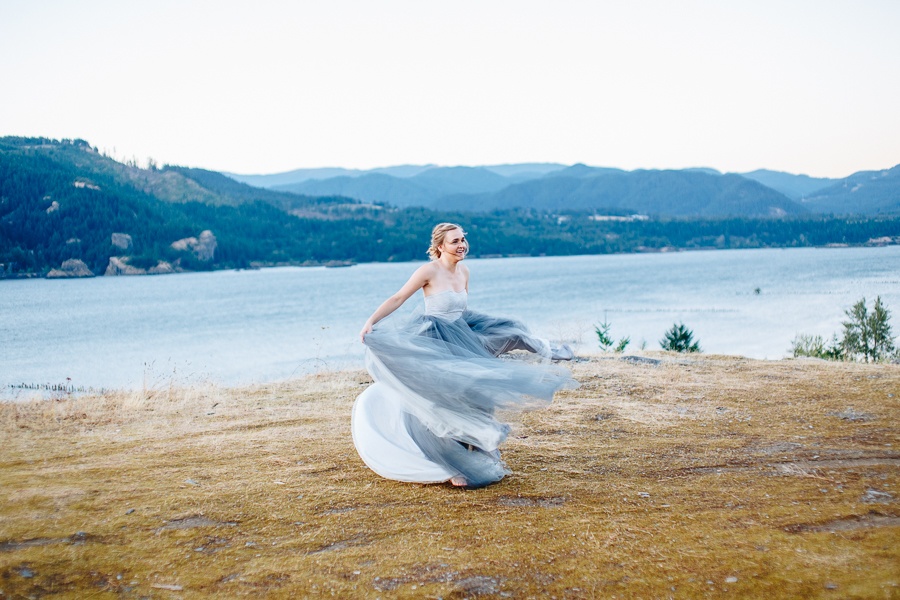 columbia-river-stylized-bridal-shoot-blog-64.jpg