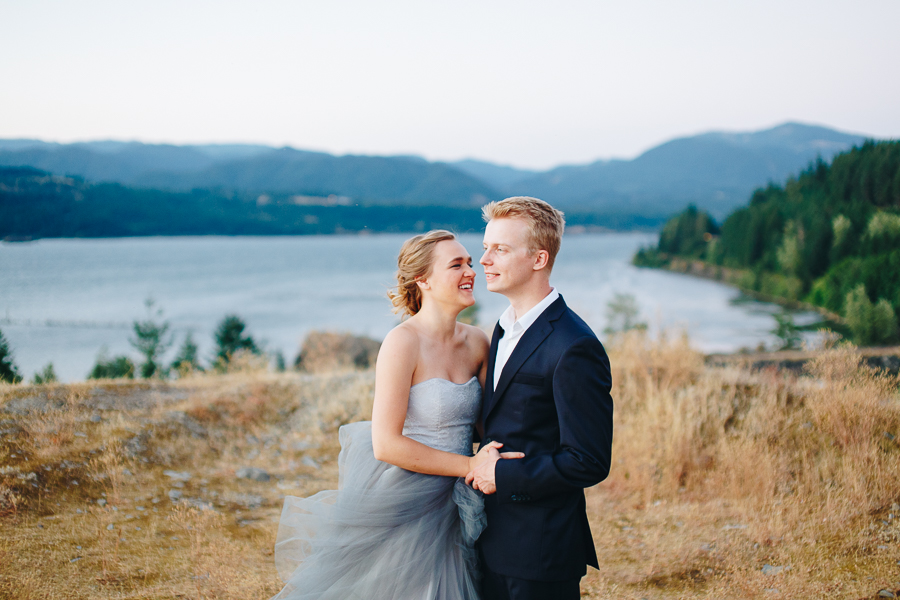 columbia-river-stylized-bridal-shoot-blog-126.jpg