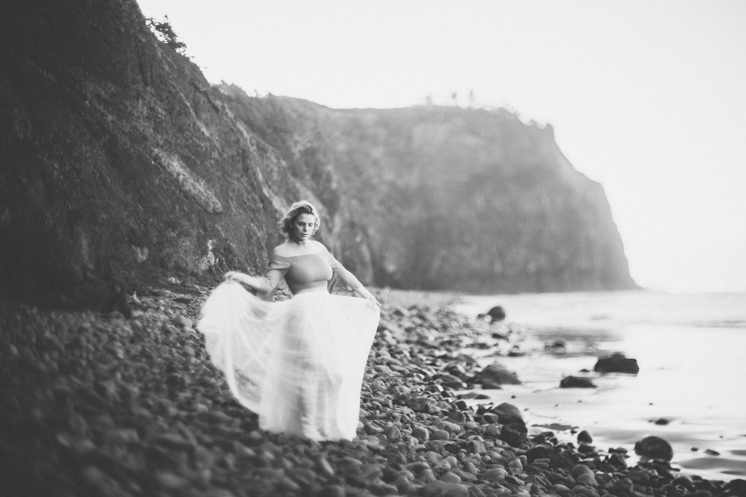 Oregon-Coast-Stylized-photoshoot-22.jpg