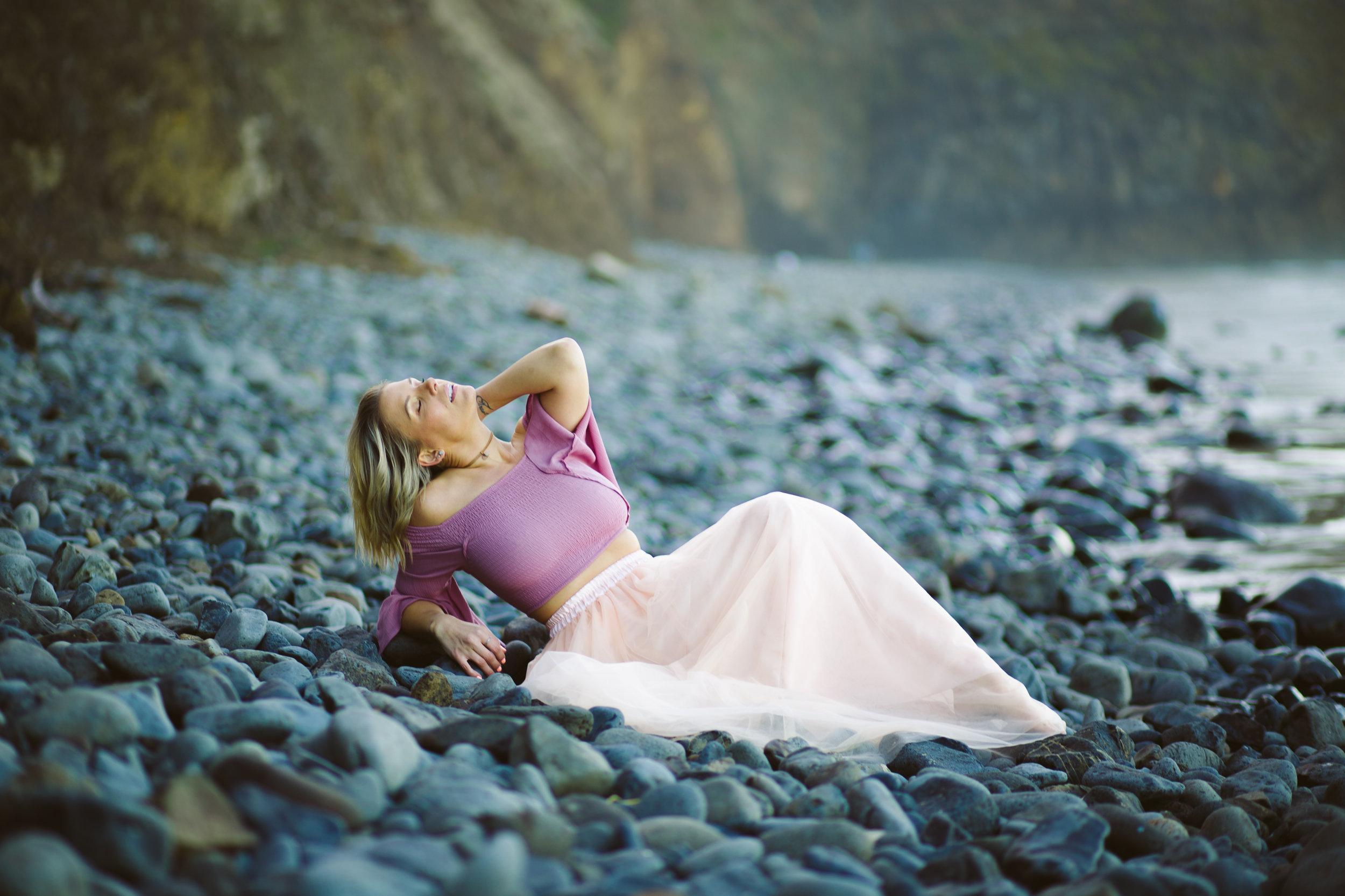 Oregon-Coast-Stylized-photoshoot-25.jpg