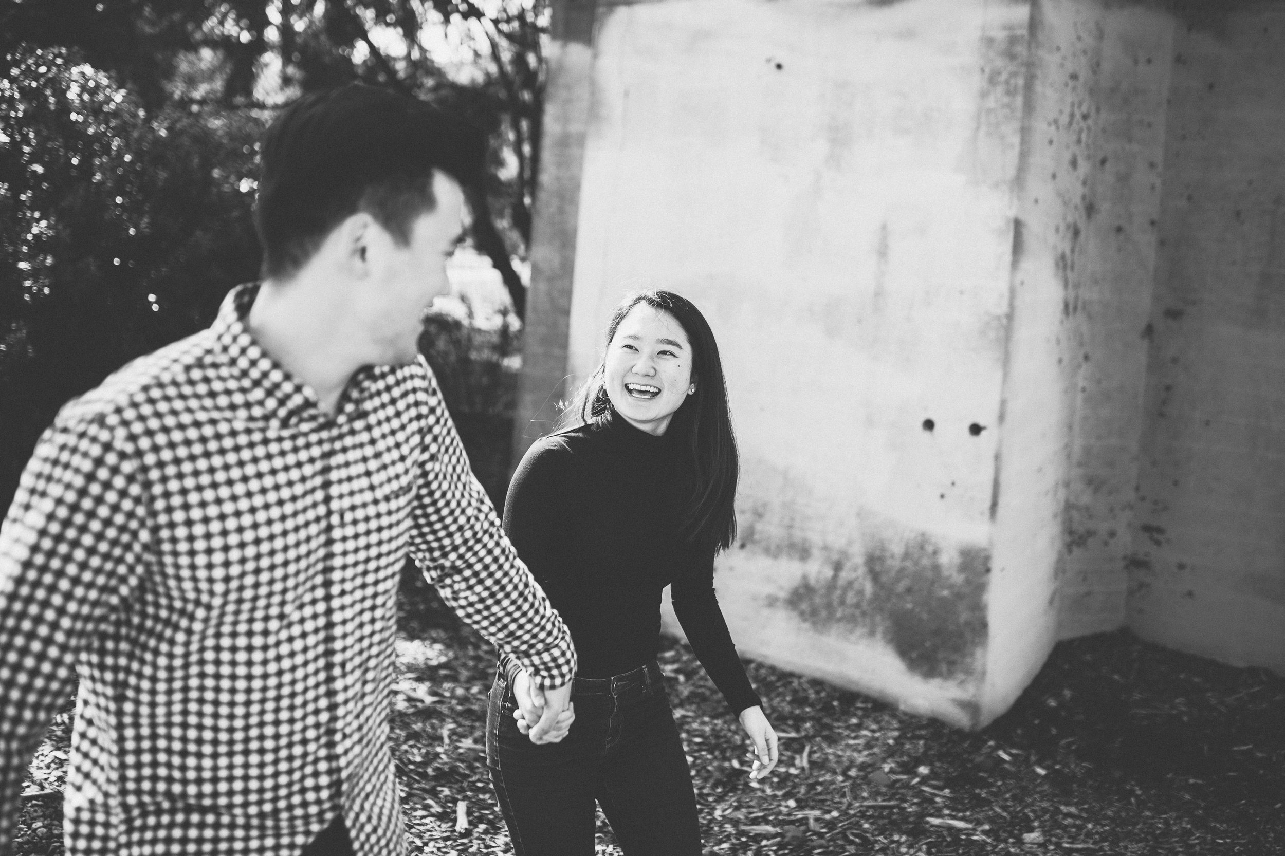 cathedral-park-engagement-photography-12.jpg