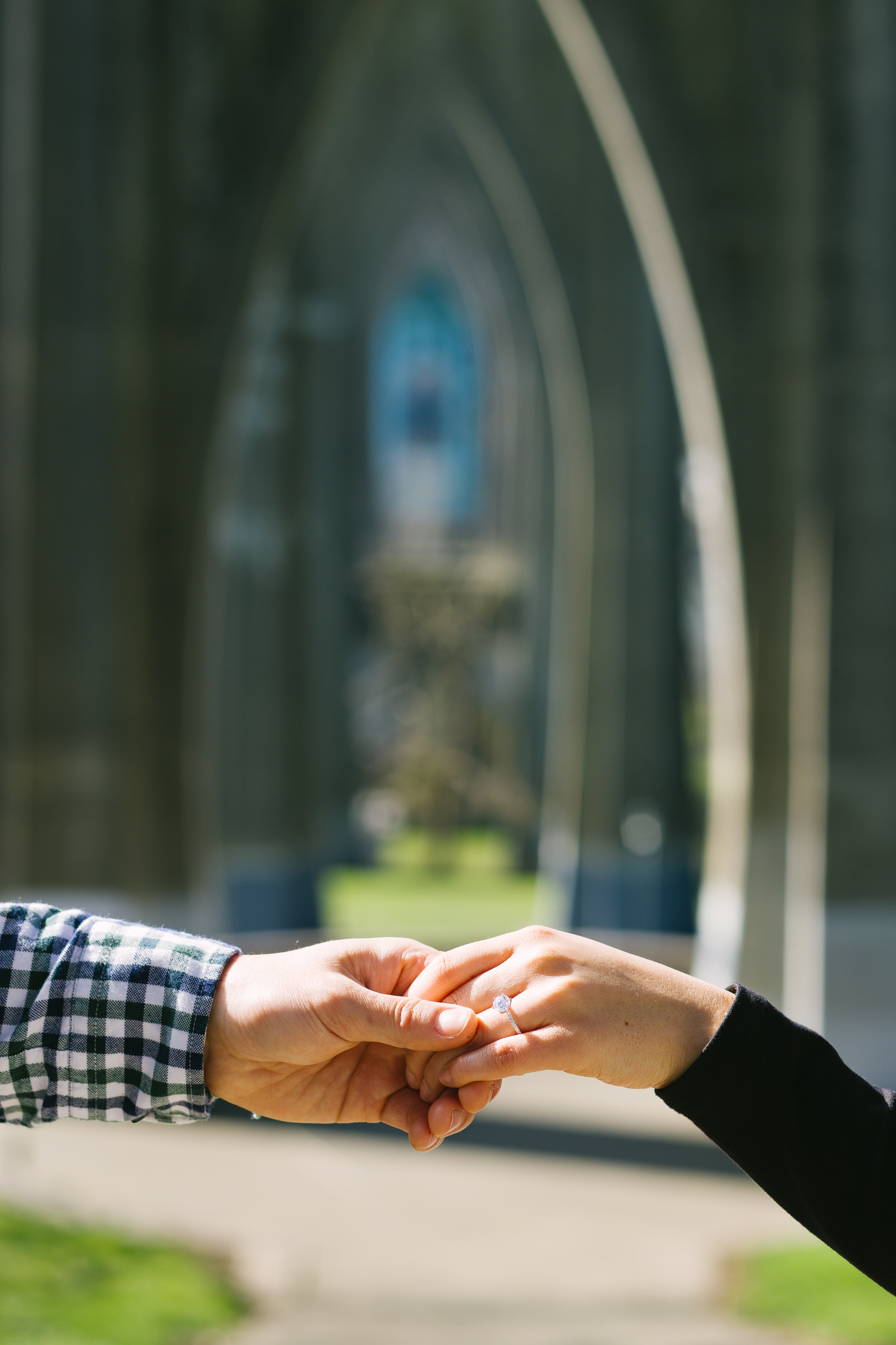cathedral-park-engagement-photography-17.jpg
