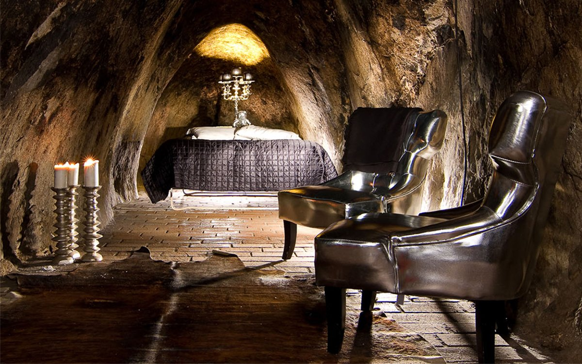 Sala Silver Suite Sala, Sweden - The world's deepest hotel room at 500 feet underground