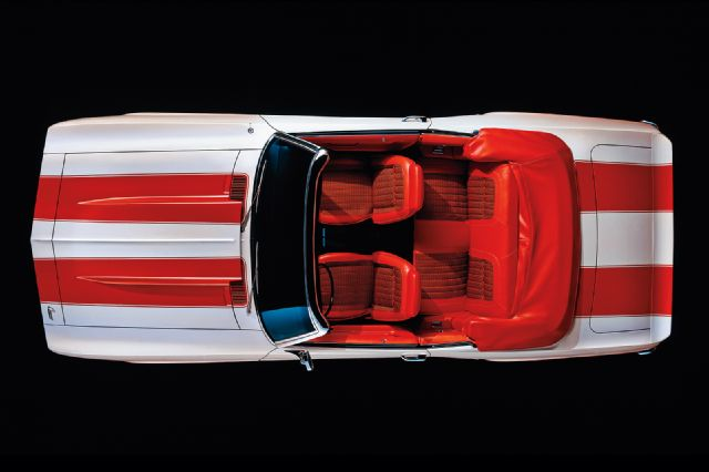 Chevrolet Camaro Z28 stripes