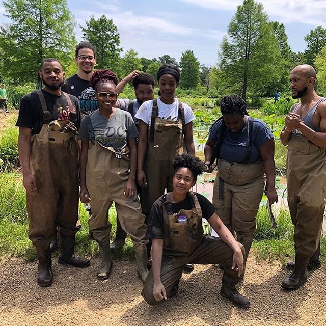 Lovin' the @BeGreatDC crew!  These photos are from their recent volunteer project at  Kenilworth Park & Aquatic Gardens where they cleaned up invasive 🌱and picked up litter. D.C. sits on ancestral Anacostan/Nacotchtank land.  Be Great DC is a service organization connecting people to philanthropic and volunteer efforts throughout DC. They're also hosting a summer hiking program for the kids in the District this summer-if you're in the DMV, link up with them!