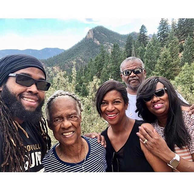 """«Here I am standing with my family, three generations, watching them embrace my love of the wilderness!  The time we spent on Cheyenne Mountain was filled with moments of making memories its hard to depict in written or spoken words, it's a memory melted within my soul.  They were amazed filled with astonishment at the scenery and the gasping beauty from the mountains.  My 86 year old grandmother described the view as, """"Being so close to heaven I feel as though I can reach up and touch it. """"» - @finessewithdreads  Thanks for sharing this beautiful moment with us, Josh!"""