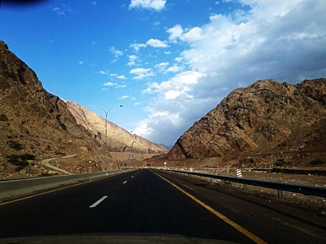 en route to Wadi Musa.jpg