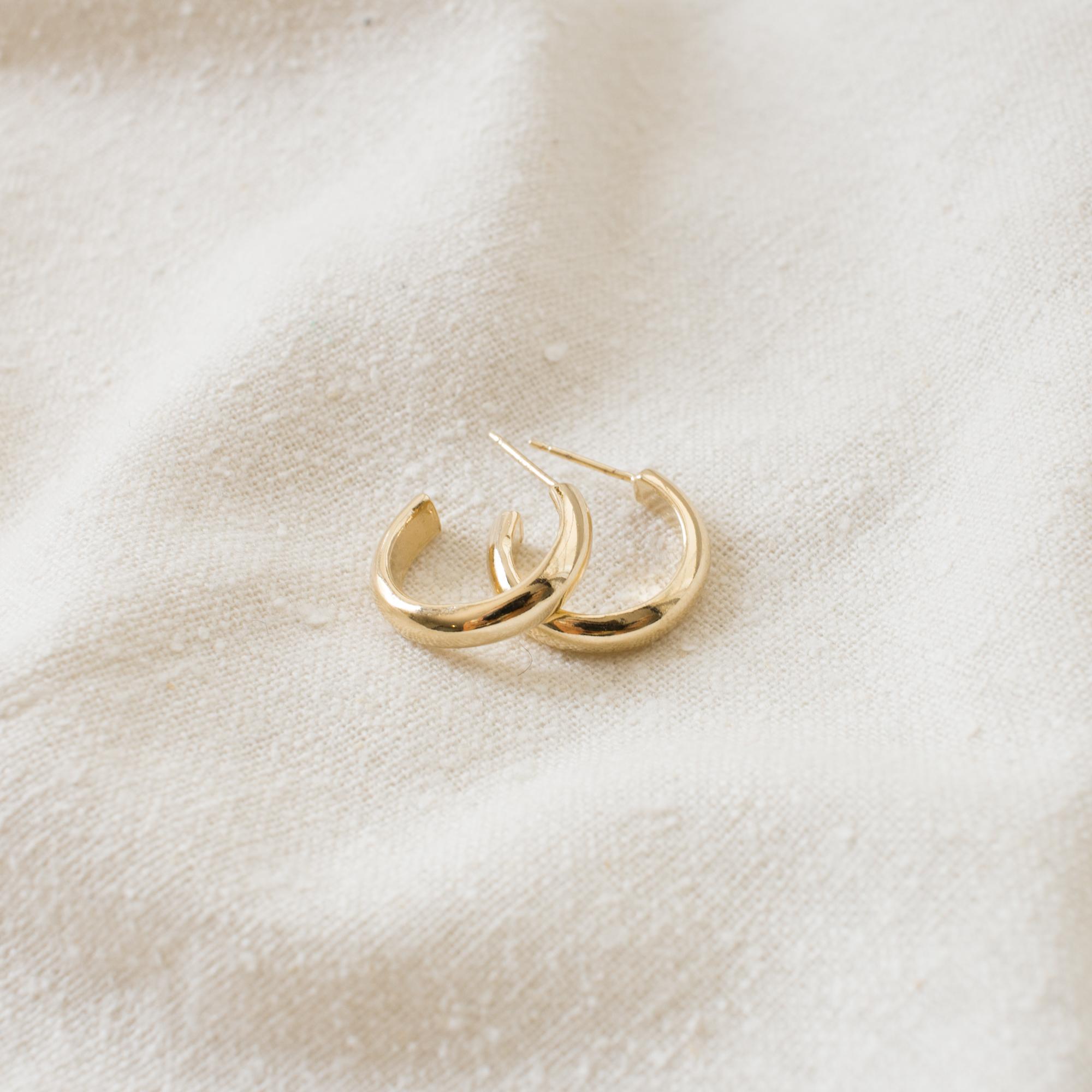 merewif-jane-hoop-earrings-gold-1.jpg