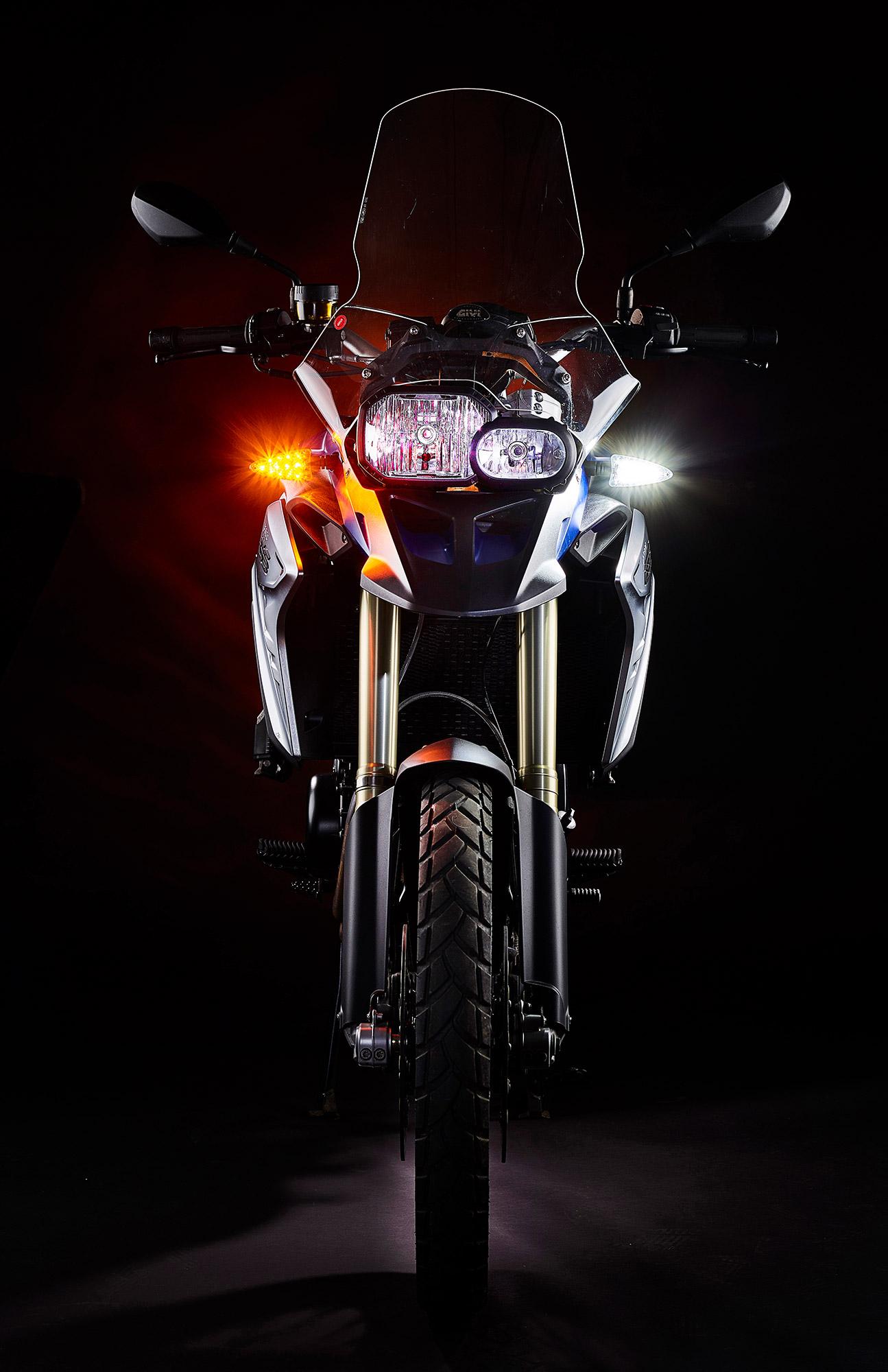 weiser-driving-light-turn-signal-new-front-2b-web.jpg