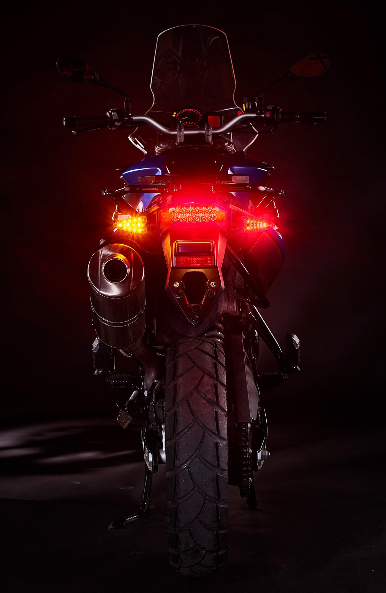 2-in-1-ultrabrights-brake-turn-newBMWs-2 (web).jpg