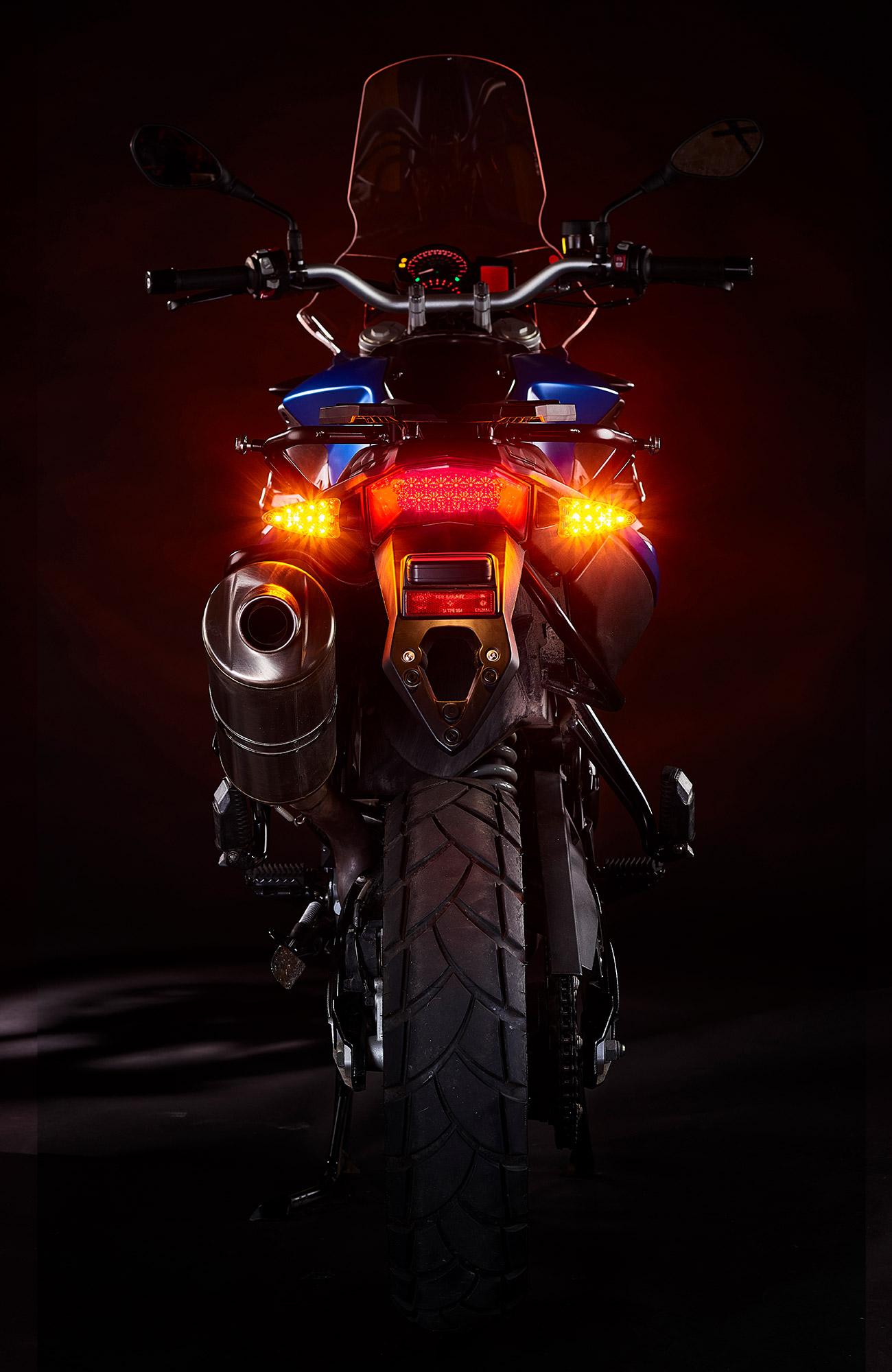 2-in-1-ultrabrights-brake-turn-newBMWs-3 (web).jpg