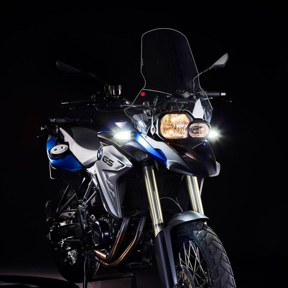 weiser-2-in-1-driving-light-blinkers-extreme-1-web.jpg