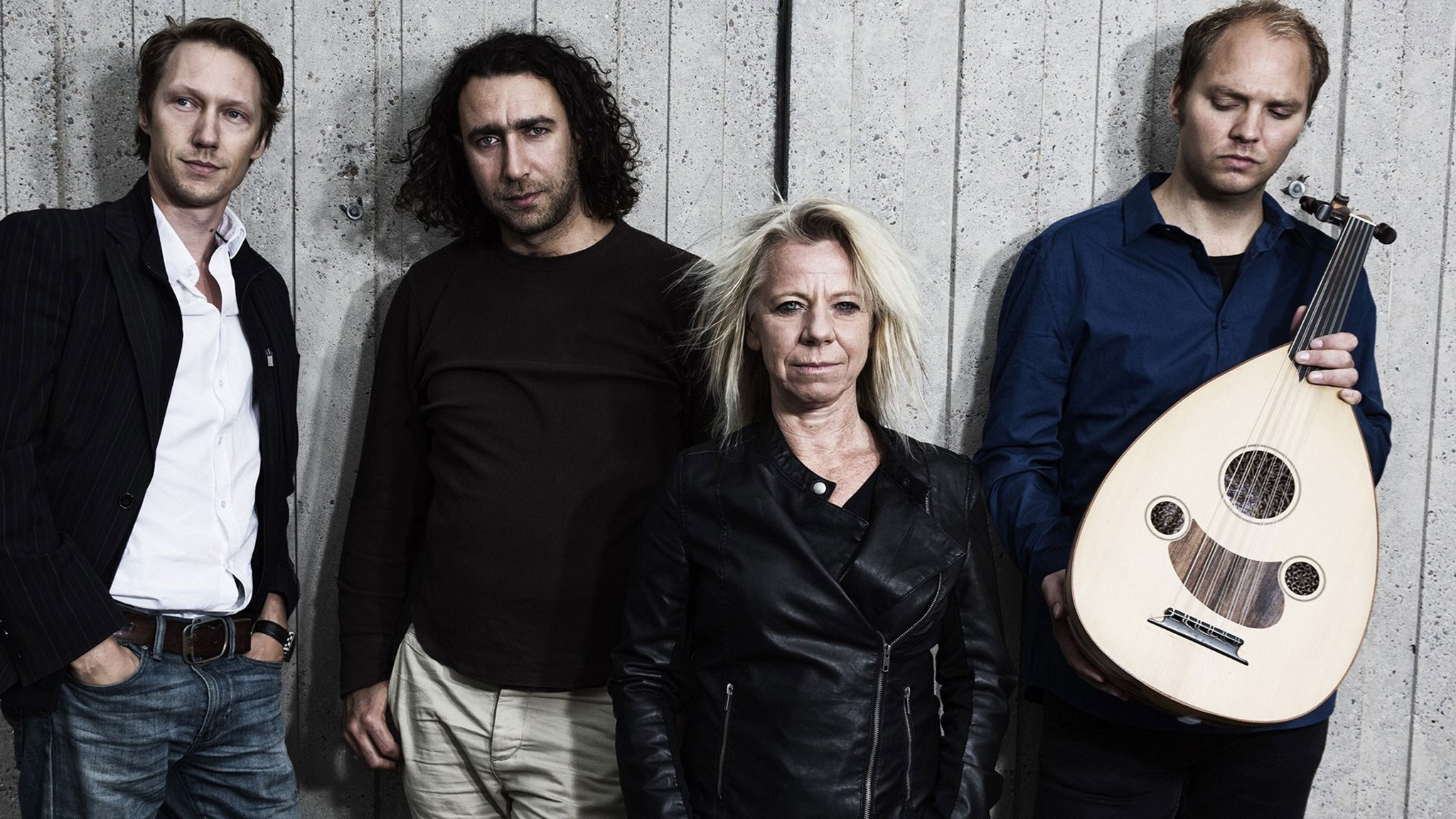 Till Damaskus: Simon J Berger, Ghayath Almadhoun, Marie Silkeberg och Fredrik Schützler. ©Mattias Ahlm/Sveriges Radio