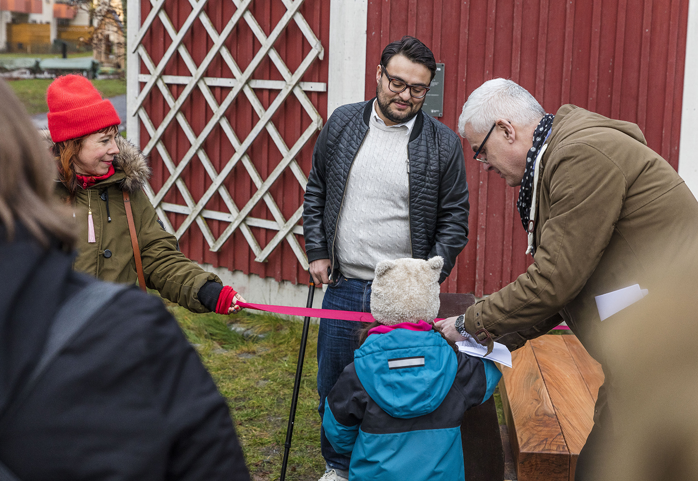 Invigning av Ljudbänken i Sätradalsparken, 2017-11-30.  ©Mattias Ek/Stockholms stad  ( CC BY-NC-SA 2.5 SE )