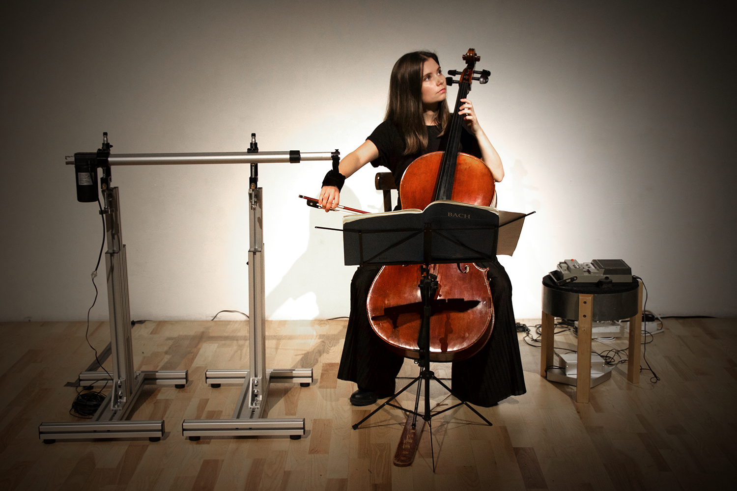 "Swedish cellist Filippa Hillerud performing Adam Basanta's ""How to Give Up Control of Exactly One Limb"". ©Bodil Bolstad"