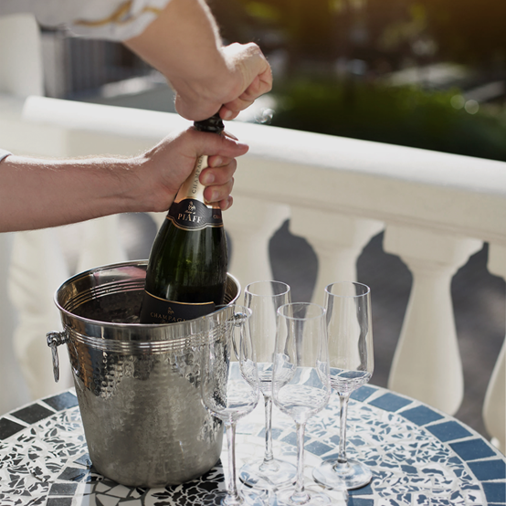 Champagne Piaff - image.png