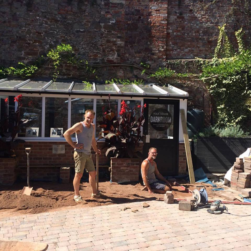 Dean & Stuart making the courtyard look amazing!