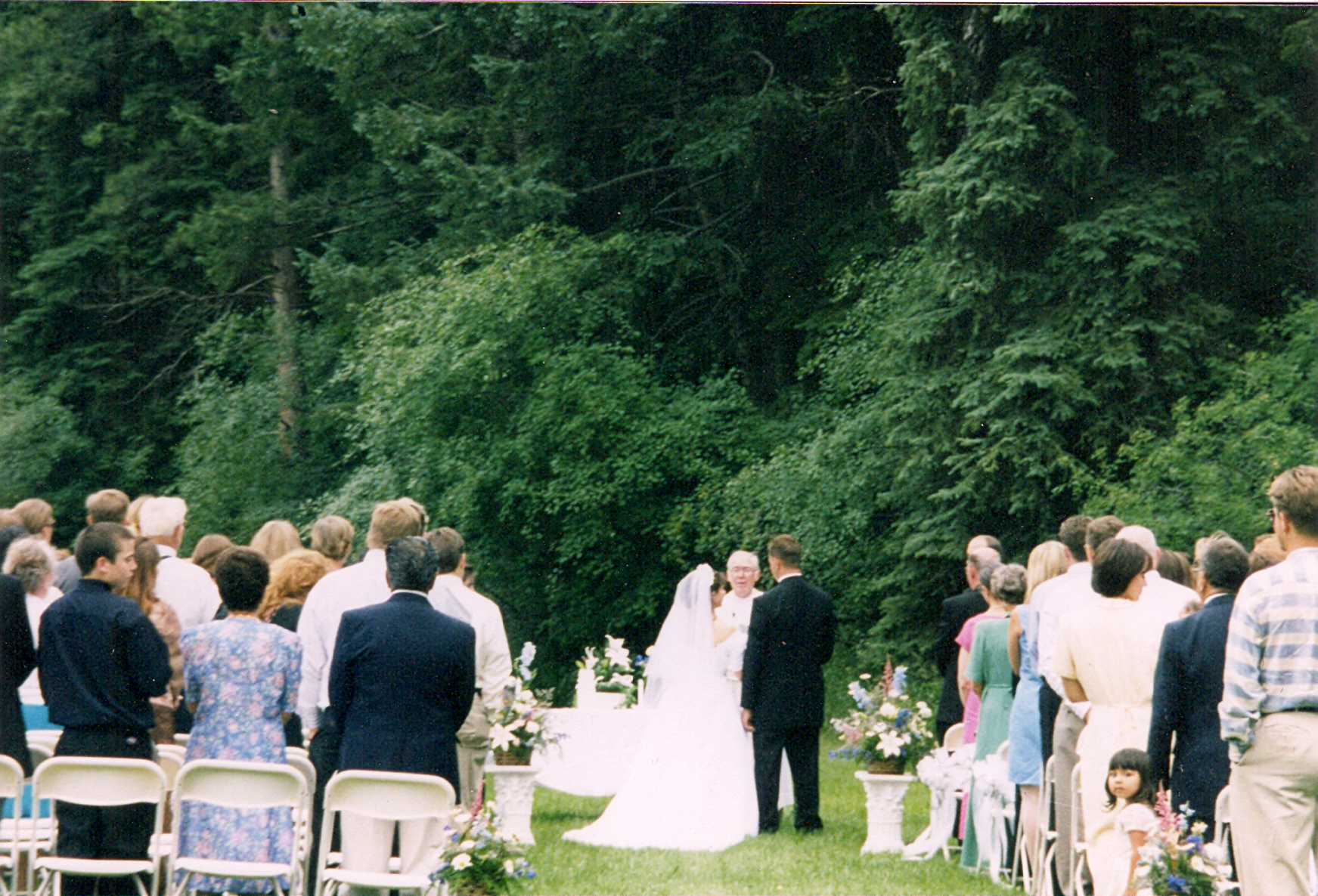 sUMMER WEDDING IN OUR MEADOW