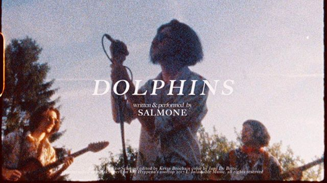 Hey, Guess what ! Our new clip called Dolphins will be out tomorrow !!🐬🐬 And it's a super 8 video !🎥👌🏽 so put your sunglasses and be ready my loves 😎🌴 #Salmone #Dolphins #Salmoneband #linlassable #khatomproduction #super8