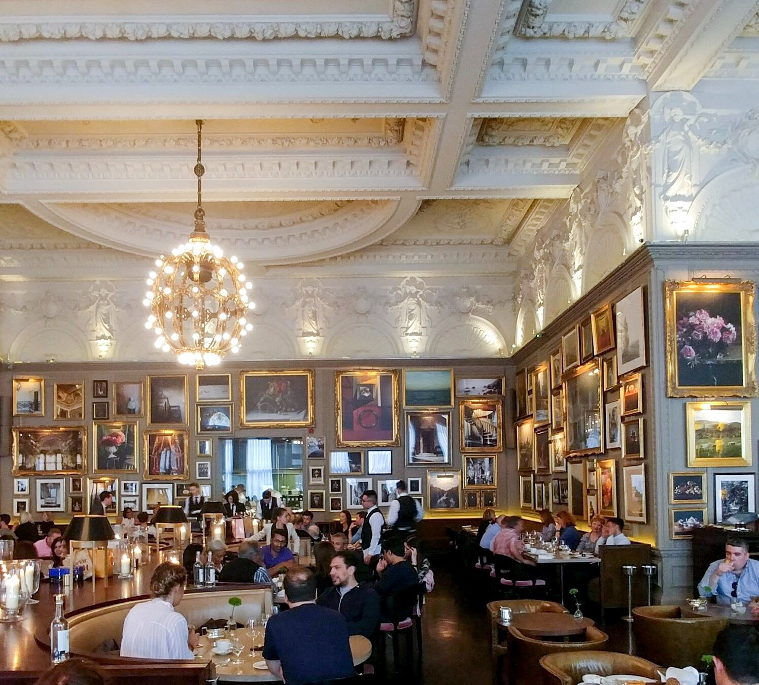 Berners Tavern - Situated in the London Edition, this is a place where you would want to sit for hours sipping cocktails or enjoying a glass of Prosecco. It feels like you are inside a movie scene.